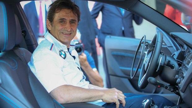 BMW in pista con i piloti disabili