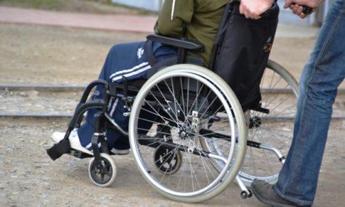 Una storia a lieto fine: da Sassari, una sedia a rotelle per Matteo Contu